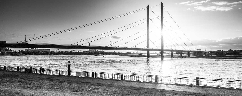 Baumgartner & Partner Düsseldorf Rheinkniebrücke